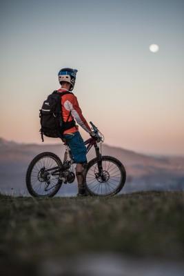 Sunrise Enduro-Riding